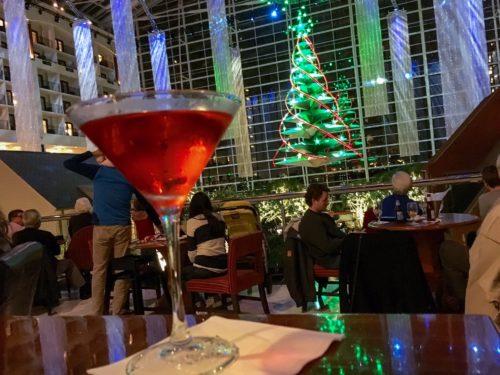 圣圣·巴普斯特——你的酒吧里的鸡尾酒
