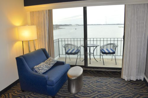 annapolis-waterfront-hotel-balcony