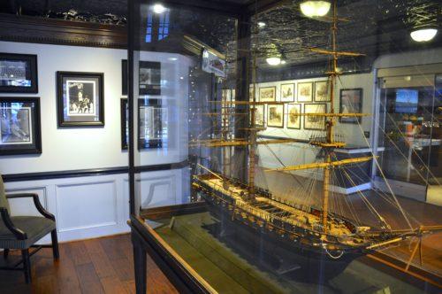 annapolis-waterfront-hotel-ship-display